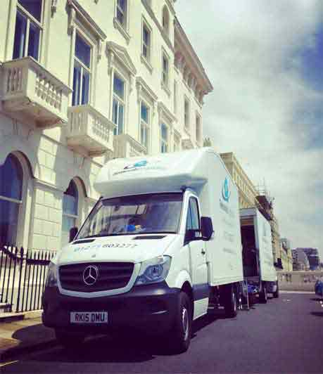 house move in Brighton 2 vans